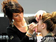 Make Up Stoel : Make up studio beauty trade special day u bij