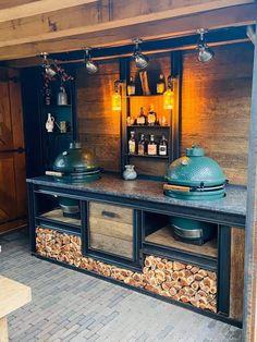 Outdoor Bbq Kitchen, Backyard Kitchen, Outdoor Kitchen Design, Outdoor Cooking, Diy Outdoor Bar, Kitchen Decor, Outdoor Decor, Big Green Egg Outdoor Kitchen, Outdoor Kitchens