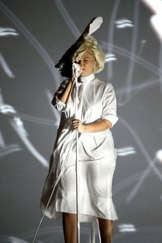 Sia Accidentally Shows Her Face During Windy Concert at Red Rocks in Colorado -- See the Pics!