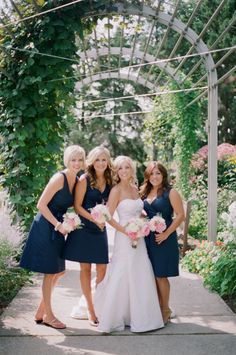 This is def the vision I have of my bridesmaids for when I get married :)
