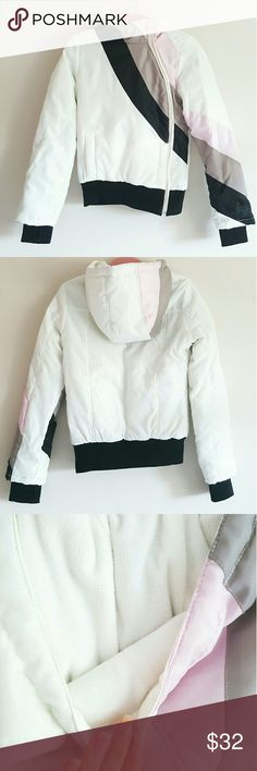 Colorblock puffer jacket Short Colorblock Asymmetrical Zip Puffer Jacket New without tags.  ⚫ Brand: Ann Christine ⚫ Color: Multicolor (White / Black / Gray / Pink) ⚫ Warm Faux-Fleece-Lined Hood ⚫ Pockets: 2 Front ⚫ Closure: Asymmetrical Zipper Front   Great for winter vacations ⛷❄  My items come from a clean, pet-free, smoke-free home.  Please make any offers through the offer button! Always feel free to make an offer! Ann Christine Jackets & Coats Puffers