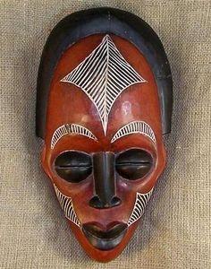 Máscaras são um adereço divertido e indicado para celebrações, quer sejam elas o Carnaval, Halloween ou outras festas temáticas. Algumas pessoas também gostam de usar máscaras na decoração de suas casas e, no Brasil,…