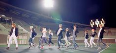 #seventeen #kpop #mansae I want to learn this lol it's my favorite part