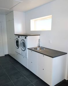 Discover recipes, home ideas, style inspiration and other ideas to try. Room Ideas Bedroom, Washing Machine, Garage Room, New Home Designs, Laundry Room Design, Small Room Bedroom, Laundry Room Lighting, Living Room Designs, Pantry Room