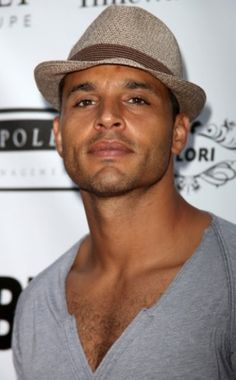 Daniel Sunjata - I can't think of a pun but.....honestly...faced with him, who's trying to THINK?