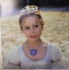 Tre nøtter til Askepott Cinderella Movie, A Kind Of Magic, Fairytale Cottage, Celebrity Jewelry, Iconic Photos, About Time Movie, Barbie Dress, Dark Beauty, Movie Characters