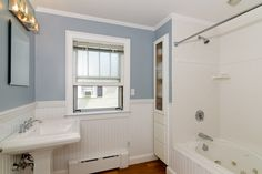 Great Cottage Full Bathroom - Zillow Digs