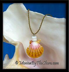 "Crisp Classic Pink Yellow & White Hawaiian Sunrise Shell & Puka Shells ""Country Style"" Necklace"