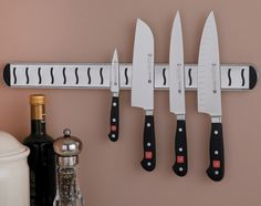 This is my blog about the best kitchen knives and knife sets to buy http://www.pcnchef.com