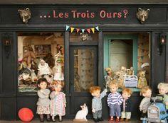 Miniature teddy bear shop