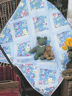 Lazy Logs Flannel Baby Quilt-Stitch up this pretty floral flannel quilt this afternoon and baby can snuggle in it this evening. Size: x Skill Level: Beginner Designed by Ann Boyce Diy Quilting Frame, Hand Quilting Designs, Quilting Projects, Quilting Patterns, Free Baby Quilt Patterns, Jelly Roll Quilt Patterns, Modern Quilt Patterns, Free Pattern, Baby Flannel