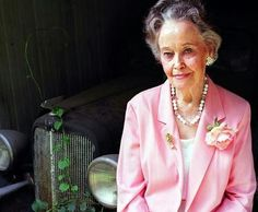 Lorraine Warren first to investigate after Lutz left the horror of their home