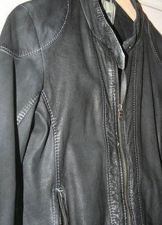 Lederjacke http://www.kleiderkreisel.de/damenmode/mantel-and-jacken-sonstiges/140625084-echte-lederjacke-von-gipsy-in-grau-schwarz