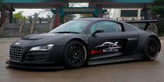 audi R-8, V-10, racing car.