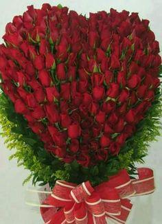 Rosas Beautiful Rose Flowers, Exotic Flowers, Amazing Flowers, Beautiful Flowers, Pink Roses, Pink Flowers, Rose Flower Wallpaper, Cute Love Wallpapers, Corporate Flowers