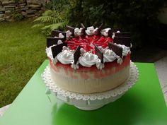 Jahodová torta s pribináčkovým a mascarpone krémom, recept, Torty | Tortyodmamy.sk Food And Drink, Cake, Desserts, Mascarpone, Tailgate Desserts, Deserts, Kuchen, Postres, Dessert