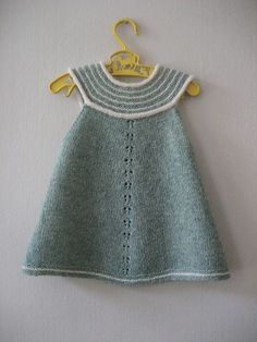 Ravelry: Feliga's Girls top - light green: