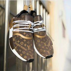 Supreme x Adidas NMD Speedy x Louis Vuitton – - Women's Sneakers Louis Vuitton Sneakers, Zapatillas Louis Vuitton, Louis Vuitton Handbags, Adidas Nmd R1 Damen, Adidas Nmd_r1, Adidas Shoes, Me Too Shoes, Men's Shoes, Shoe Boots