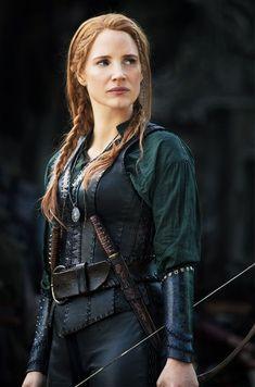 Natalie Portman Warrior | A Sneak Peek at the Gorgeous Costumes in The Huntsman ...