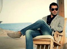 Kenan Imirzalioglu- Like the jacket and the shoes...and the scenery