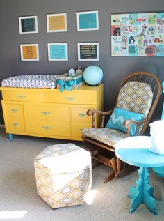 Love the side table!
