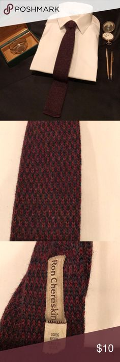 RON CHERESKIN WOOL NECKWEAR In some circles thin knit neckwear is back in fashion again. Never discard your quality neckwear because it's not 'in' style. In men's fashion all styles return eventually. Take this all wool knit tie by Ron Chereskin, wore it 30 years ago when I began my career in menswear. It's back. Ron Chererskin Accessories Ties