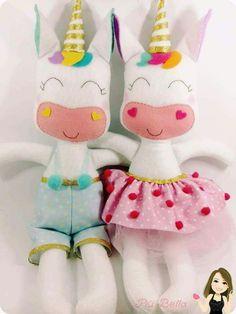 Risultati immagini per molde unicornio em feltro Felt Dolls, Doll Toys, Baby Dolls, Unicorn Birthday, Unicorn Party, Felt Crafts, Diy And Crafts, Unicorn Doll, Unicorn Crafts