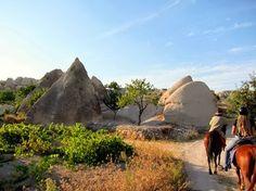 Bagagem Pronta - Passeio e Turismo: TURQUIA: EXCURSÕES A CAVALO NA CAPADÓCIA