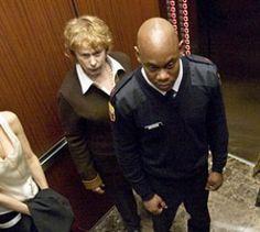 """""""Devil"""" - Kino-Tipp - Bei """"Devil"""" steckt der Teufel im Aufzug: Diesen wirkungsvollen Horrorthriller drehte John Erick Dowdle nach einer Story von M. Night Shyamalan, dem Macher von """"The Sixth Sense"""""""