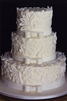 lace look wedding cake