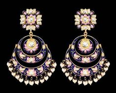 As the enamel of pink and blue are re-incarnated into kundan-meena jewellery form, the word beauty got an entire new meaning.
