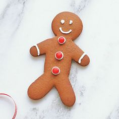 Gingerbread Men Cookies |Gingerbread Men Cookies are a favorite holiday tradition. Involve the little ones in your family by letting them decorate these spice cookies. Use a variety of cutter sizes, if desired.