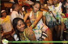 Never been to Trinidad Carnival? Thinking about going to Trinidad Carnival This in depth guide will help you plan your Trinidad Carnival trip! Carnival Trip, Carnival Booths, Trinidad Carnival, Carnival Outfits, Carnival Costumes, Carribean Outfits, Carnival Outfit Carribean, Popular Bands, Port Of Spain