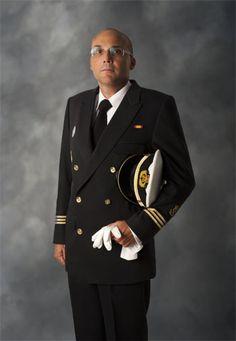 Uniformes náuticos de gala de alta calidad en www.joanmacia4.com Uniforme de paseo clase A de capitán de yate