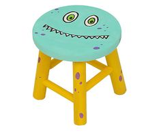 Banquinho Monstrengo My Furniture, Colorful Furniture, Furniture Making, Painted Furniture, Hobbies And Crafts, Diy And Crafts, Painted Stools, Kids Stool, Diy Craft Projects