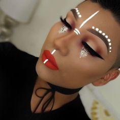 Boojahhh what a galactically good make-up .-Boojahhh ❤ Was für ein galaktisch gutes Make-up … – Boojahhh ❤ What a galactically good make-up … – … – Charles – - Makeup Inspo, Makeup Art, Makeup Inspiration, Gym Makeup, Face Paint Makeup, Theatre Makeup, Fairy Makeup, Mermaid Makeup, Makeup Geek