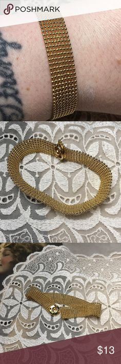 "Vintage gold tone mesh snap bracelet Great little vintage bracelet. Gold tone with snap closure. Measures 7.5"" long. Vintage Jewelry Bracelets"