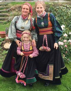 photo of lillemyellen, hurra - photo every day Norway People, Folk Costume, Costumes, Norwegian Clothing, Norwegian People, Frozen Costume, Thinking Day, Festival Wear, Traditional Dresses