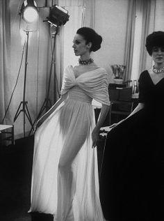 Edward Molyneux's see-thru jersey evening dress, 1965