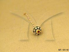Tikka Jewelry, Indian Jewelry, Jewelery, Maang Tikka Design, Tikka Designs, Mang Tikka, Jewelry Closet, Round Beads, Antique Jewelry
