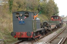 The Rushden Historical Transport Society held a War Weekend event in support of the British Legion Poppy Appeal on October 29 and The Barclay diesel shunter (ex War Department) with a demonstration freight. Weekend Events, October 29, Model Trains, Scale Models, Ww2, World War, 1940s, Poppy, Diesel