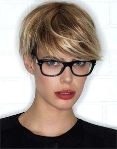 Taglio capelli lisci e corti - Taglio capelli lisci e corti, tra i tagli di capelli lisci estate 2016 più glamour.