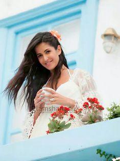 Katrina Kaif Bikini, Katrina Kaif Hot Pics, Katrina Kaif Photo, Indian Celebrities, Bollywood Celebrities, Bollywood Actress, Beautiful Indian Actress, Beautiful Actresses, Salman Katrina