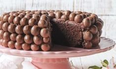 Bolos de festa Party Cakes, Deserts, Stuffed Mushrooms, Sweets, Vegetables, Food, Creative, Desert Recipes, Wafer Cookies