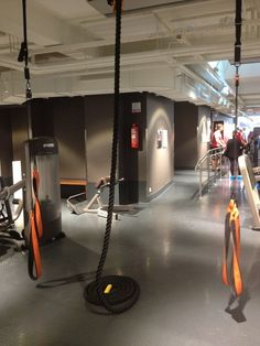 Trendy ropes at Evo fitness gym / Ninan verkkareissa - Blogi | Lily.fi