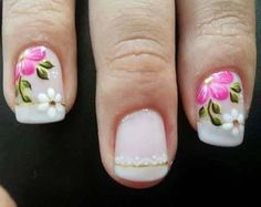 The decoration of the nails is a fashion that is increasingly being used by women. Flower Nail Designs, Diy Nail Designs, Nail Designs Spring, Beautiful Nail Art, Gorgeous Nails, Sunflower Nail Art, Finger, Fancy Nails, Nail Decorations