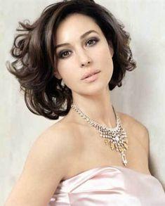 「モニカベルッチの美貌」の画像|美女のたたずまい なぜ彼女は美女と呼ば… |Ameba (アメーバ)