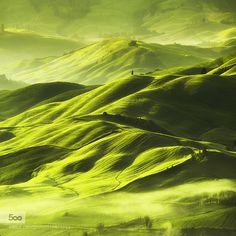 Toscana - Pinned by Mak Khalaf Tuscany This Spring Landscapes greenhillsitalytoscana by bodipanait