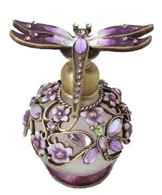Jeweled purple dragonfly sits atop a lovely perfume bottle all decked out with a flowery jewel garden for Mr. Dragonfly to enjoy. Perfumes Vintage, Antique Perfume Bottles, Vintage Bottles, Purple Love, All Things Purple, Bottle Vase, Glass Bottles, Glas Art, Beautiful Perfume