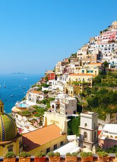 Read 30+ Positano travel tips, plan your travel with Venere and enjoy your vacation in Positano, Italy